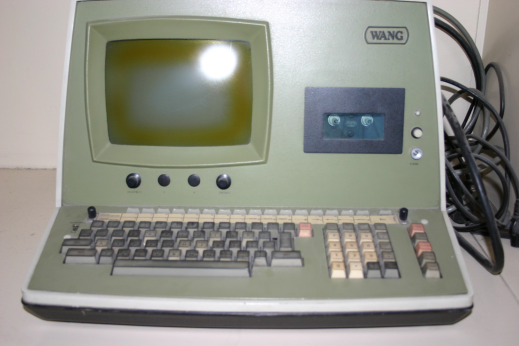A Wang 2000, the computer on which Miller learned how to program.