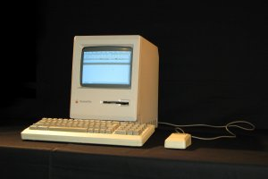 Mac Plus(wiki)